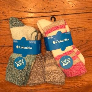 COLUMBIA SOCKS